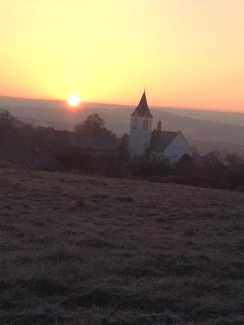 OBRÁZEK : foto_kostel.jpg