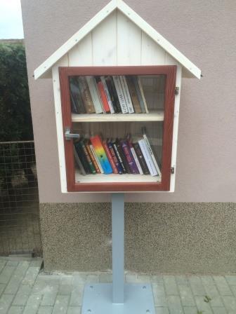 OBRÁZEK : knihobudka_web.jpg